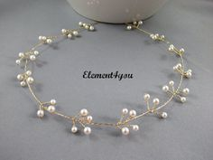 Hey, I found this really awesome Etsy listing at https://www.etsy.com/listing/157600031/bridal-hair-accessory-bridal-hair-vine