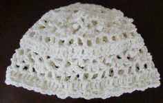 Vanilla hat. Read how to make it at https://donnamarrin.wordpress.com/2014/11/26/tis-the-season/