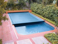 On-Deck Track Automatic Swimming Pool Safety Covers