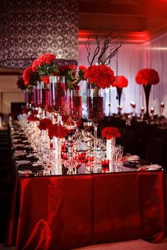 Red black and white wedding decorations decoration ideas 9 glam theme 1 decor diy centerpieces Vampire Wedding, Gothic Wedding, Red Wedding, Wedding Table, Fall Wedding, Wedding Reception, Elegant Wedding, Medieval Wedding, White Wedding Decorations