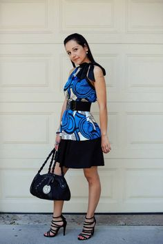 It's Friday Night!! | Mexi-Sweet - LOVE these shoes. #blue #black #fashion #shoes #heels #zipper #purse