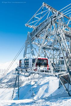 The top station of the Saulire cable-car above Courchevel, 3 Valleys ski area, Savoie, French Alps. Alpine Ski Resort, Alpine Skiing, French Ski Resorts, Nepal Mount Everest, Car Station, Rock Climbing Gear, Winter Scenery, Bungee Jumping, French Alps