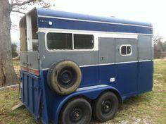 horse trailer make over, diy, repurposing upcycling Livestock Trailers, Horse Trailers, Retro Trailers, Camper Trailers, Travel Trailers, Trailer Diy, Trailer Remodel, Barrel Racing Tips, Horse Training