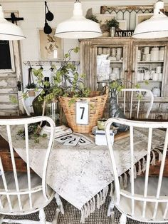 Modest supplemented shabby chic dining room farmhouse style hop over to these guys Shabby Chic Dining Room, French Country Dining Room, Country Farmhouse Decor, French Country House, French Country Decorating, Shabby Chic Decor, Modern Farmhouse, Farmhouse Style, Vintage Farmhouse