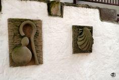 Símbolos de los peregrinos (Saint Jean Pied de Port).