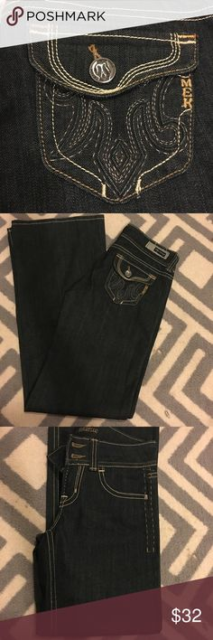 MEK denim 27x34 (long) MEK denim with darling pockets. Seattle fit. Wide leg and slight flare opening. Dark wash and in perfect condition. Brand new, but missing tag. (Price reflects this!) MEK Jeans Flare & Wide Leg