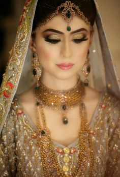 Pakistani Bridal Makeup, Pakistani Wedding Outfits, Bridal Outfits, Bridal Lehenga, Pakistani Dresses, Mehndi, Henna, Pakistan Bride, Pakistan Wedding