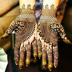 #beautiful #design #art #artist #tattoo #tattoos #tattooartist #girlswithtattoos #photooftheday #photo #photography #photoshoot #wedding #wedding #weddingphotography #inspiration #southasianwedding #southasianbride #indianbride #indianwedding #destinationwedding #henna #hennaartist #hennadesign #mehndi #fashion #trendy #bride #bridal #bridesmaids