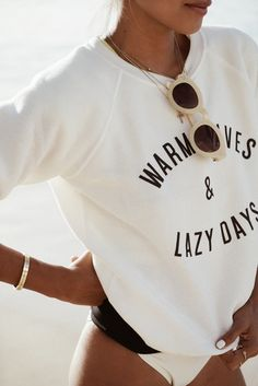 Warm Waves & Lazy Days with @SincerelyJules1   Shop here Hawaii Looks