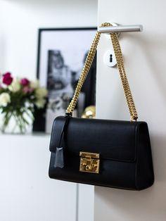 Gucci Padlock in black