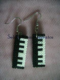 Selene: Pendientes musicales hama beads