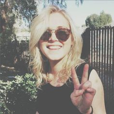 Heda - Eliza Taylor Icon & Header Like or Reblog if youre...