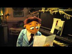 """os Muppets, troféuOscar 2012 na categoria de Melhor Canção Original filme""""Homem ou Muppet"""""""