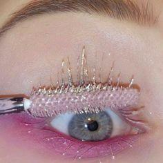 Make up pink Makeup Goals, Makeup Inspo, Makeup Art, Makeup Inspiration, Beauty Makeup, Hair Makeup, Pink Eye Makeup, Aesthetic Makeup, Pink Aesthetic