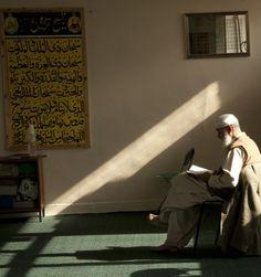 Islamic Wallpaper Hd, Quran Wallpaper, Mecca Wallpaper, Palestine People, Mecca Madinah, Imam Hussain Wallpapers, Muslim Images, Mekka, Anime Muslim