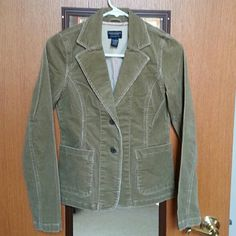 American Eagle Cordory Jacket NWOT perfect condition! Dark tan cordory jacket features nice stitched detail. Back trendy slit flap. American Eagle Outfitters Jackets & Coats Blazers