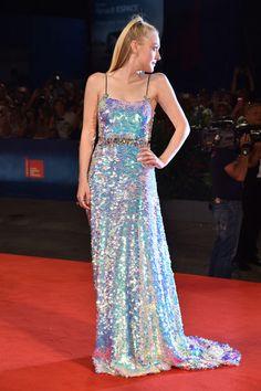 """Dakota attends the premiere of """"Brimstone"""" during the 73rd Venice Film Festival at Sala Grande in Venice, in Miu Miu (1)"""