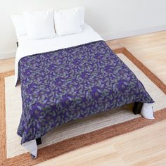 Heart Patterns, Flower Patterns, Quilt Patterns, College Dorm Bedding, College Dorm Rooms, Make Your Bed, Dark Forest, Square Quilt, Home And Living