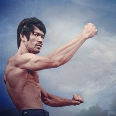 """The key to immortality is first living a life worth remembering."" -Bruce Lee"