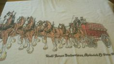 Vintage-beach-towel-for-world-famous-Budweiser-Clydesdale-8-horse-hitch
