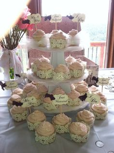 Perfect Bridal Shower Cupcakes