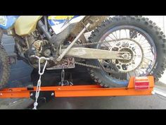 How to load your Rack N Roll Motorcycle Carrier Motorcycle Carrier, Mk1 Caddy, Bike Trailer, Rv Accessories, Bike Ideas, Support, Motocross, Motorhome, Motorbikes