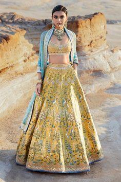 Indian Bridal Lehenga, Indian Bridal Outfits, Indian Bridal Wear, Pakistani Bridal, Indian Gowns Dresses, Indian Fashion Dresses, Indian Designer Outfits, Indian Designers, Indian Attire