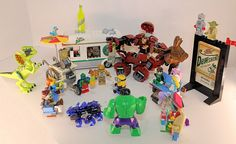 Here is one of the pre-launch parties with guest from all over the Universe, we have #optimusprime  #smurfette #greenlantern #jurassicworld #minions #groot #zombies #hexbug #rintintin #martianmanhunter #ironman #yoda #simpsons #hulk #lego #megablok