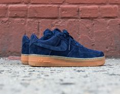 The iconic Nike Air Force 1 Low is rendered in a suede build. Shaded in hues of navy/gum, find it now from Nike retailers nationwide.