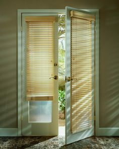 Double Patio Door Blinds The Midwest Canine Camper Sided Crate Is A Good Place To Keep Your Dog Contained During C