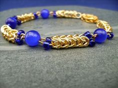 Blue Cats Eye Chainmaille Bracelet