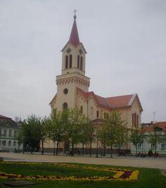 Rímsko-katolícky kostol na zreňaninskom námestí