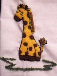 Jirafa en bordado chino / Giraffe with punchneedle - Igolochkoy needle   https://www.facebook.com/photo.php?fbid=508896432479948=pb.163337617035833.-2207520000.1365878636=3=1