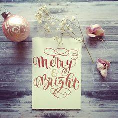 """@kallettergrafie on Instagram: """"Am Wochenende ist es endlich soweit: die mit viel ❤️ vorbereiteten Karten und Kugeln können sich auf unserem kleinen Weihnachtsmarkt einen…"""" Instagram, Cards"""