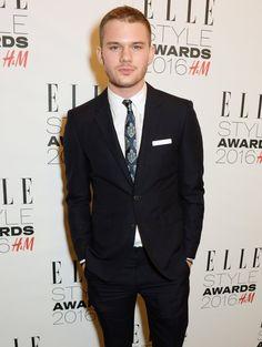 Pin for Later: Le Glamour Était au Rendez Vous Lors des Elle Style Awards Jeremy Irvine