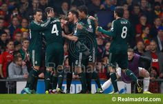 Manchester United 1-2 Real Madrid: Luca Modric  celebrates the goal with team mates #RealMadrid #HalaMadrid