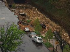 Baltimore landslide caught in action on video
