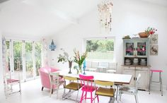 LET'S STAY: The Home of the Photographer Debi Treloar