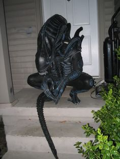 """""""Alien"""" costume kit (Finished, pics posted) in Villain's Costumes Forum"""
