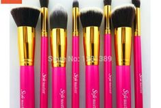 Check out this item in my Etsy shop https://www.etsy.com/listing/221142142/pink-kabuki-brush-set