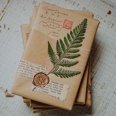 Gifts Packaging Envelopes 23 New Ideas Creative Gift Wrapping, Creative Gifts, Wrapping Ideas, Mail Art Envelopes, Art Postal, Pen Pal Letters, Envelope Art, Ideias Diy, Brown Paper Packages