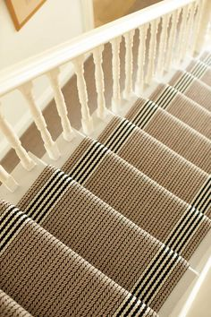 Pretty Painted Stairs Ideas to Inspire your Home stair carpet runner (stairs painted ideas) Tags: carpet stair treads, striped stair carpet, stair carpet ideas stair+carpet+ideas+staircase Staircase Runner, Stair Runners, Carpet Runners For Stairs, Carpet For Stairs, Sisal Stair Runner, Striped Carpet Stairs, Staircase Carpet Runner, Spiral Staircase, Patterned Carpet