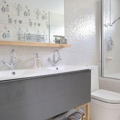 Moderne weiße Badezimmer mit Spiegel Wohnideen Badezimmer Living Ideas Bathroom