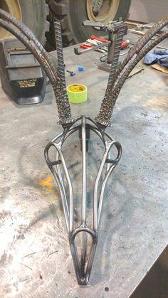 Welding Crafts, Welding Art Projects, Metal Art Projects, Metal Crafts, Deer Skull Art, Deer Skulls, Recycled Metal Art, Scrap Metal Art, Metal Yard Art