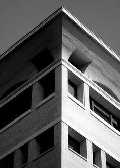 Palazzo of the Christian Democratic Party, Rome // by Saverio Muratori