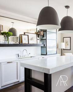Alyssa Rosenheck Interior Photography for The Chad James Group Featured in Elle Decor Home Decor Kitchen, Kitchen Interior, Kitchen Dining, Kitchen Cupboards, Kitchen Pantry, Kitchen Sink, Kitchen Ideas, Interior Exterior, Interior Design