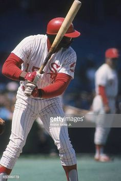 Chicago White Sox Dick Allen in action at bat vs California Angels at Comiskey Park Chicago IL CREDIT Walter Iooss Jr Mlb Uniforms, Baseball Uniforms, Robin Ventura, Allen White, White Sox Baseball, One Of The Guys, Cardinals Baseball, Chicago White Sox, Baseball Cards