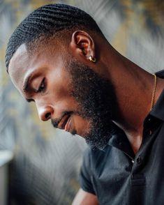 Gorgeous Black Men, Cute Black Guys, Black Boys, Beautiful Men, Black Man, Black Men Haircuts, Black Men Hairstyles, Black Men Beards, Handsome Black Men