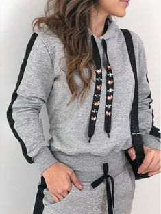 Hip Hop Outfits, Sporty Outfits, Teen Fashion Outfits, Kids Summer Dresses, Hoodie Outfit, Fitness Fashion, Turquoise, How To Wear, Clothes