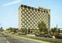 HiltonHotelBerlin, Tauentzienstr. 8, 10789 Berlin - Charlottenburg (1975)